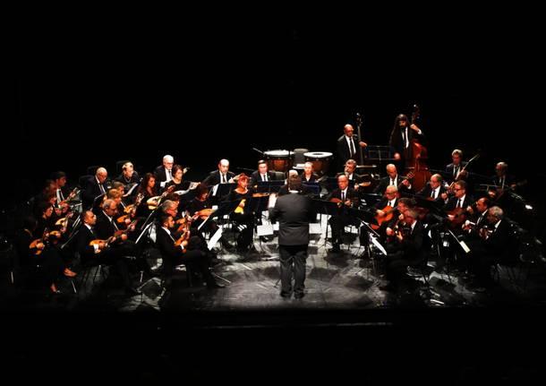 Orchestra a Plettro di Milano e Willi Burger per Il Lago Cromatico