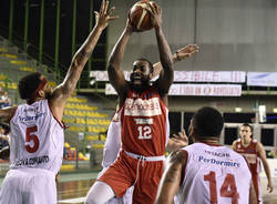 Christian eyenga basket
