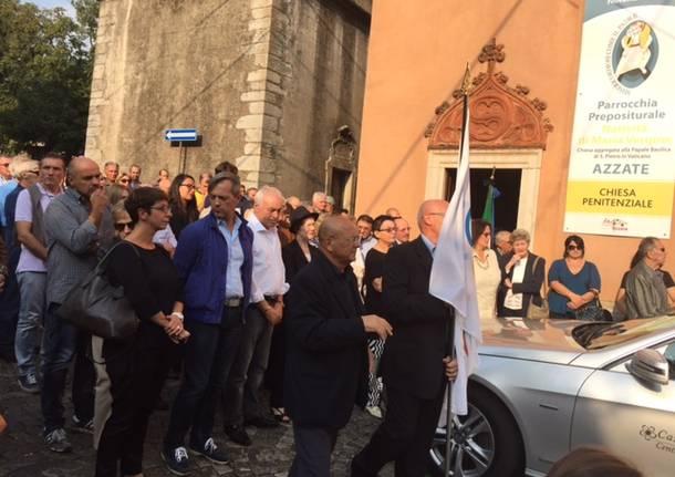 Il funerale di Gianni Capretti, addio al pugile buono
