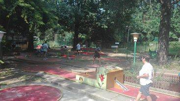 Gara di minigolf a Lozza