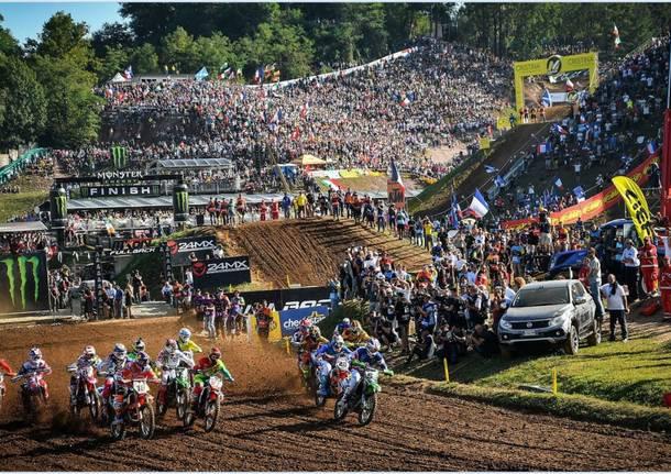 Motocross a Maggiora, show e pubblico record