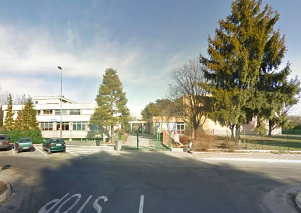 Samarate scuola San Macario