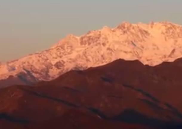 Alba sul Monte Rosa