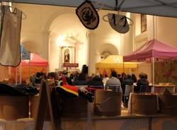 carnago mostra mercato sulle storie