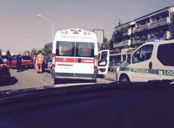 incidente via Varese Gallarate ambulanza Polizia Locale
