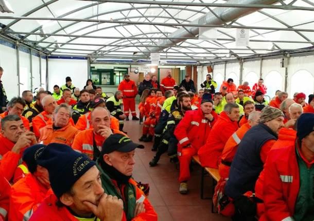 100 volontari di protezione civile in azione