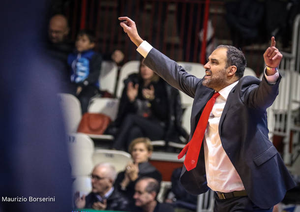 Openjobmetis Varese - Ewe Baskets Oldenburg 76-71