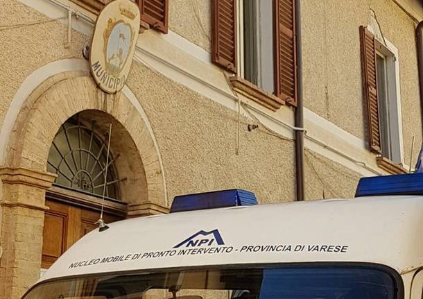 Porto Ceresio - I volontari della Protezione civile a Bolognola (Macerata)