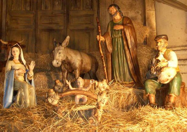 Presepi Di Legno Betlemme : Presepe in legno di ulivo di terra santa in regalo