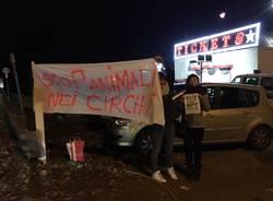 protesta contro il circo
