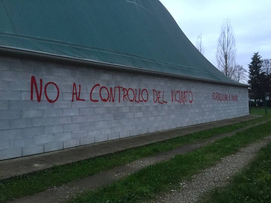 scritte controllo di vicinato Gallarate