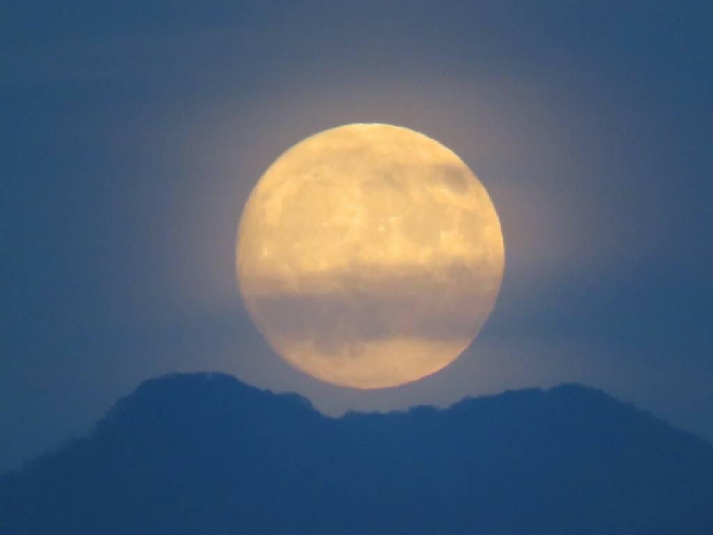 superluna novembre luna