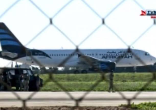 Un aereo libico è stato dirottato e costretto ad atterrare a Malta