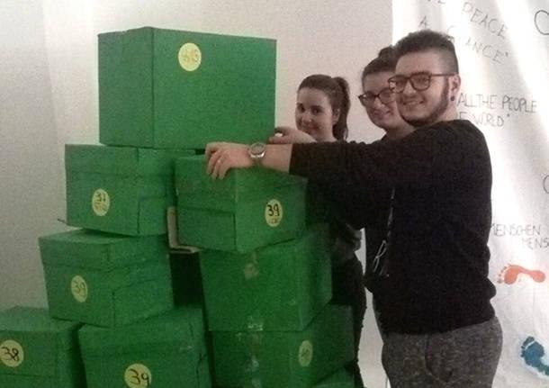 Bisuschio - 300 paia di scarpe donate da Isis Valceresio per City Angels
