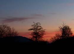 Cala la sera a Cuasso al Monte - foto di Eugenio Pigato
