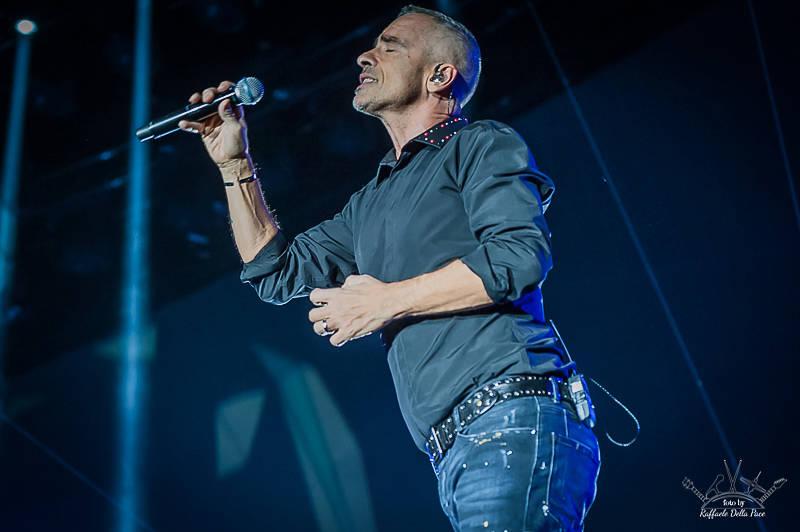 Eros Ramazzotti in concerto al Forum di Assago