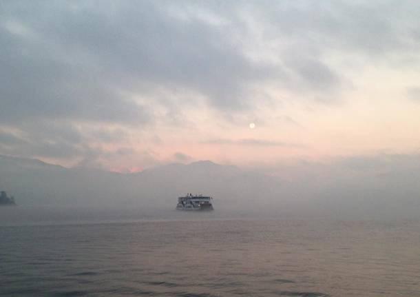 Il lago di Varese a dicembre
