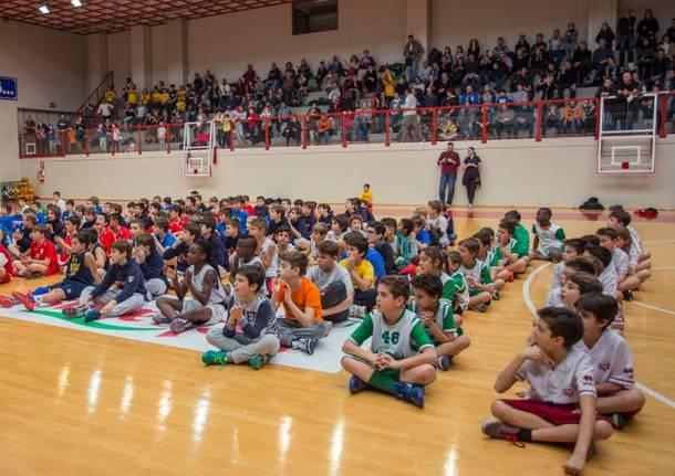 torneo internazionale minibasket robur bambini a canestro