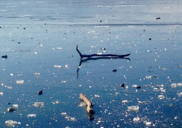 Il Lago ghiacciato visto da Angela e Cristian