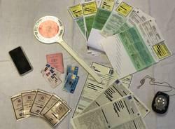 La truffa delle carte d'identità false