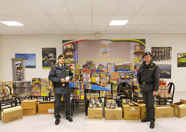 sequestro fuochi d'artificio botti capodanno