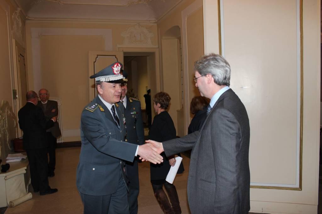 Visita varesina per il comandante regionale della guardia di finanza