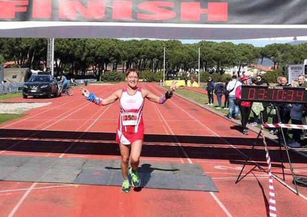 cristina gogna podista maratona atletica verbano