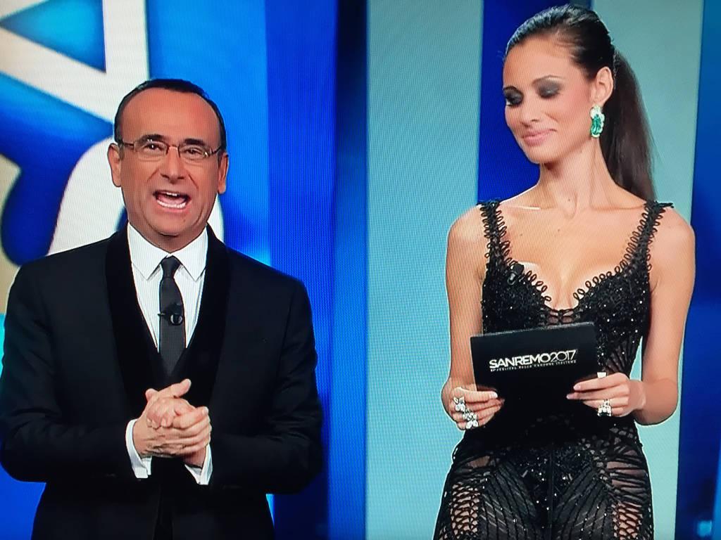 La bella Marica Pellegrinelli sul palco di Sanremo