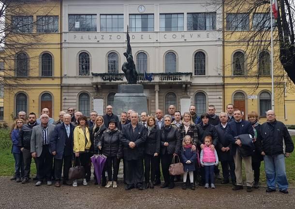 Tradate, elezioni comunali: Forza Italia in piazza Mazzini