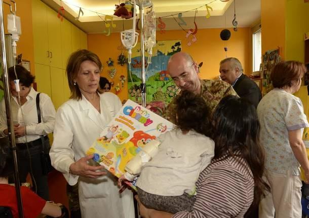 Doni alla pediatria di Busto