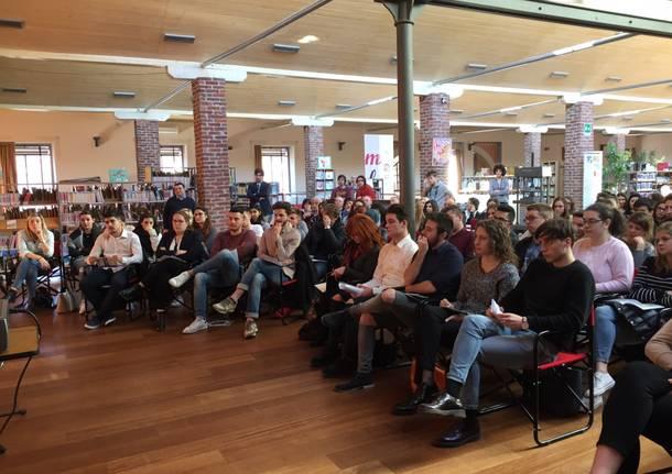 giovani lavoro quarta rivoluzione industriale digitale industria 4.0
