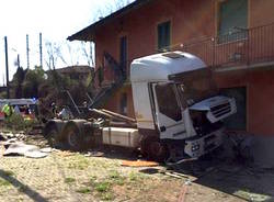 incidente camion ispra