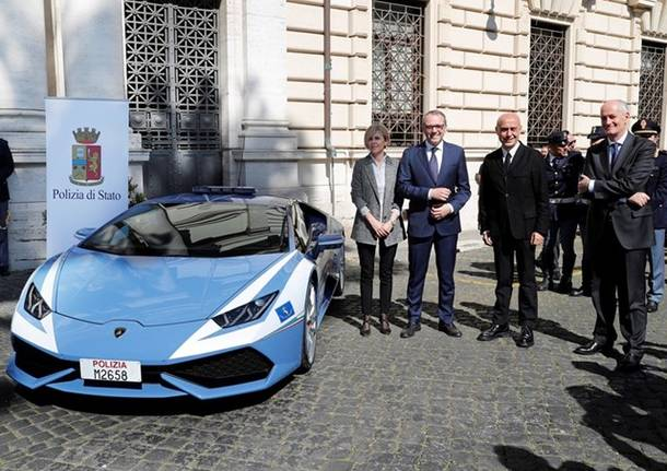 Lamborghini, una nuova Huracan per la Polizia