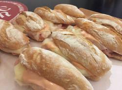 Massimo Grazioli nel museo dell'accademia del panino Italiano