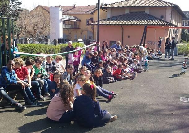 Nuovo parco giochi per gli alunni di Taino