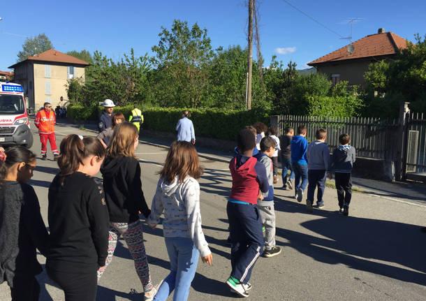 Esercitazione alle scuole di Cocquio 19 aprile 2017
