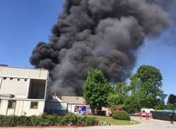 Incendio a Marnate in zona Nizzolina