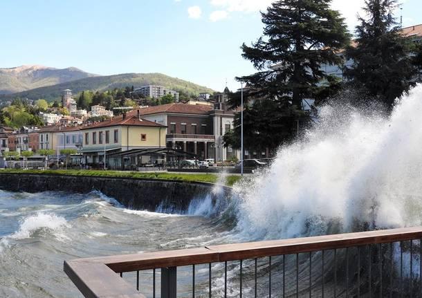 Maltempo: Toscana, vigili del fuoco a lavoro per forte vento