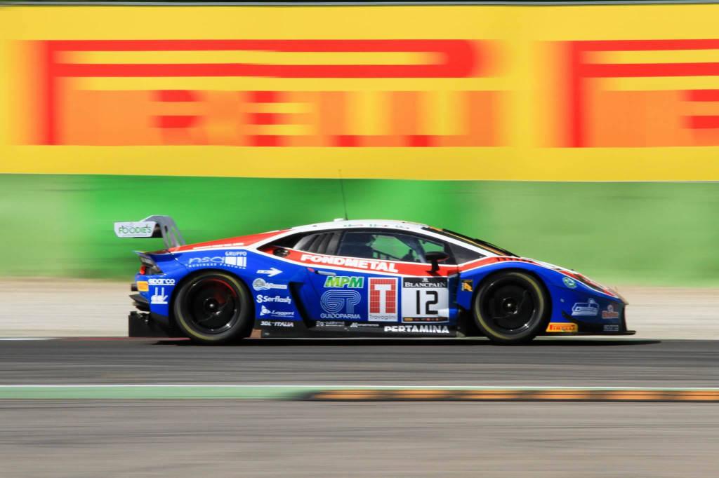 Monza il campionato Blancpain endurance series