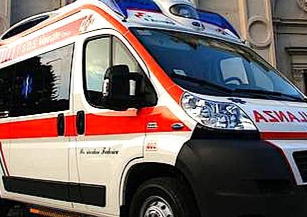 ambulanza malnate