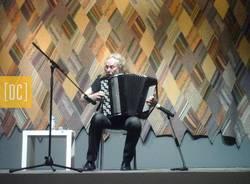 MUSICA E VIRTUOSISMI CON VLADIMIR DENISSENKOV      (CONCERTO PER FISARMONICA DEL GRANDE MUSICISTA RUSSO ORGANIZZATO NELLA SALA DEGLI ARAZZI DEL MUSEO MAGA)