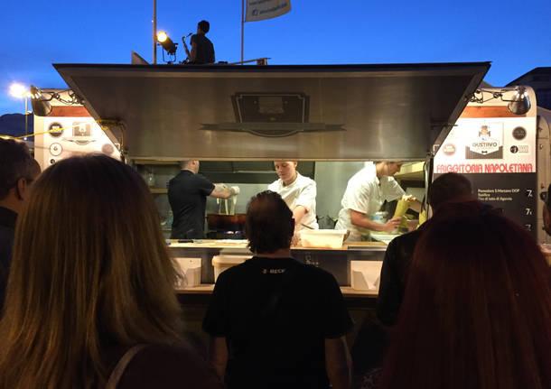 Facce da street food a Varese