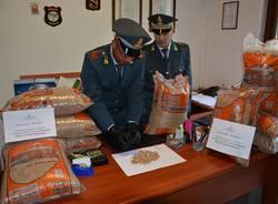 Maxi truffa, tonnellate di pellet sequestrate