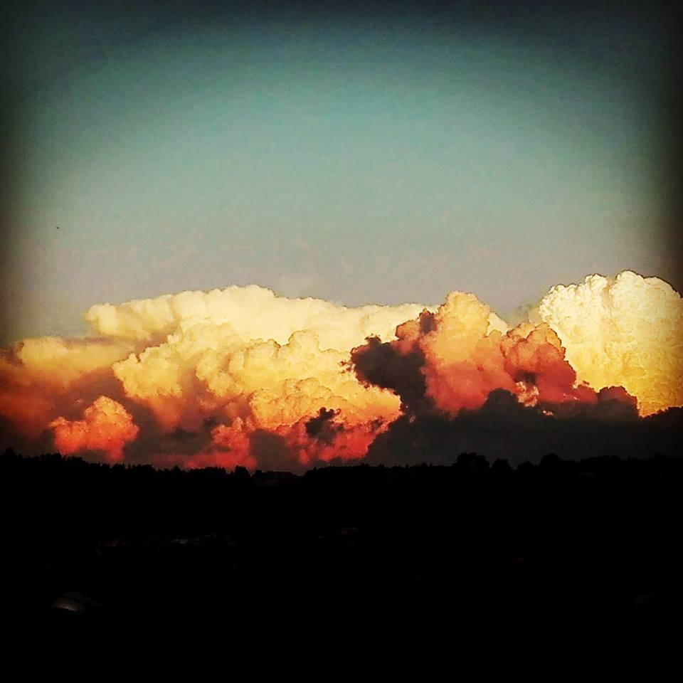 Estate e nuvole
