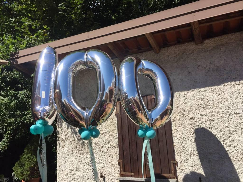 I 100 anni della signora Laura