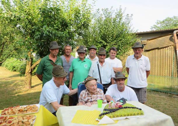 A Besozzo festeggiato il 105mo compleanno dell\'Alpino Antonio Porrini