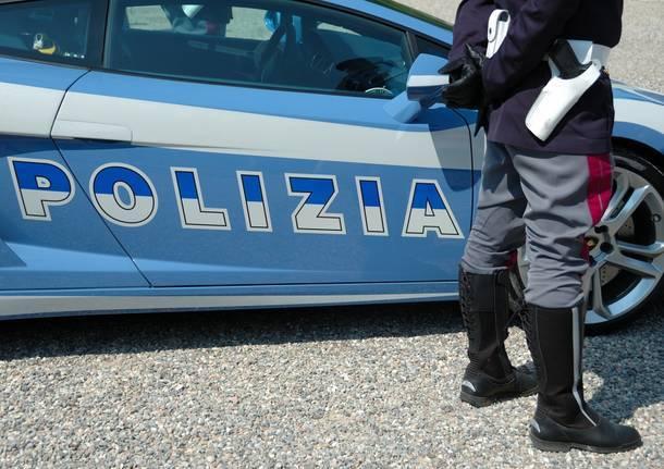 Ladro di Disaronno per seminare la polizia, finge di fare pipì