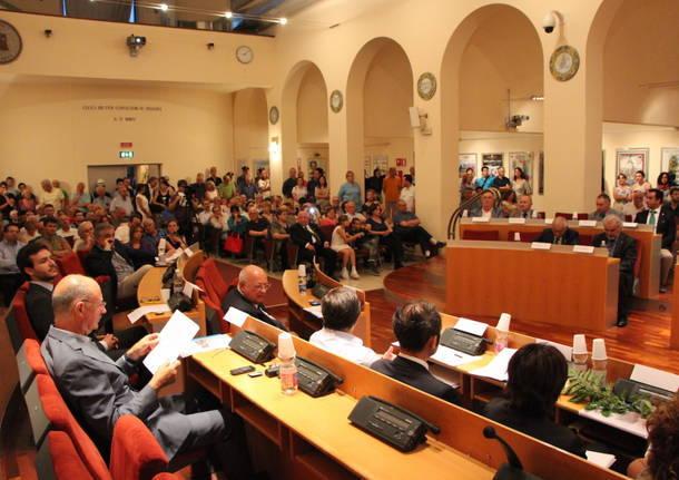"""Lega vs Popolari: \""""Interessati solo alla cadrega\"""""""