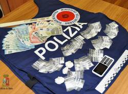 cocaina soldi polizia