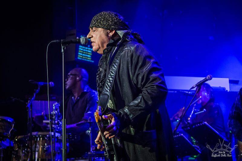 Little Steven and The Disciples Of Soul in concerto